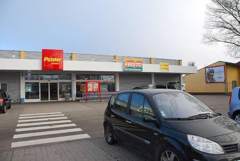 Königsbergerstr. 28 /Penny (neb. Eingang)