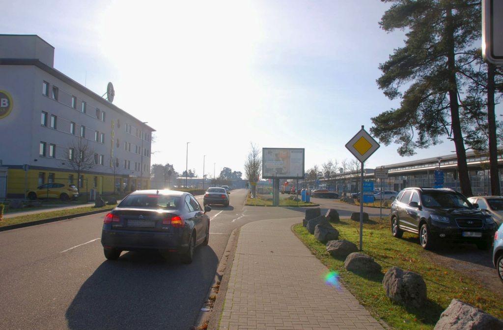 Baden-Airpark/Terminal/geg. B&B-Hotel/WE rts