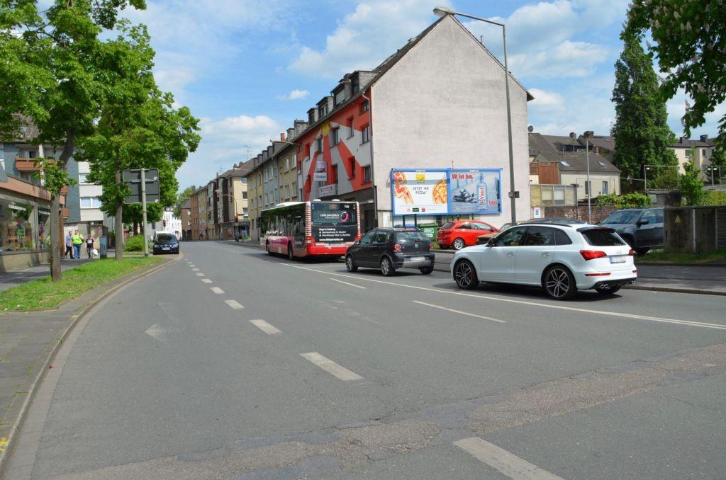 Lange Kamp 8/bei Rewe/Einfahrt (Friedrich-Ebert-Str. 358)