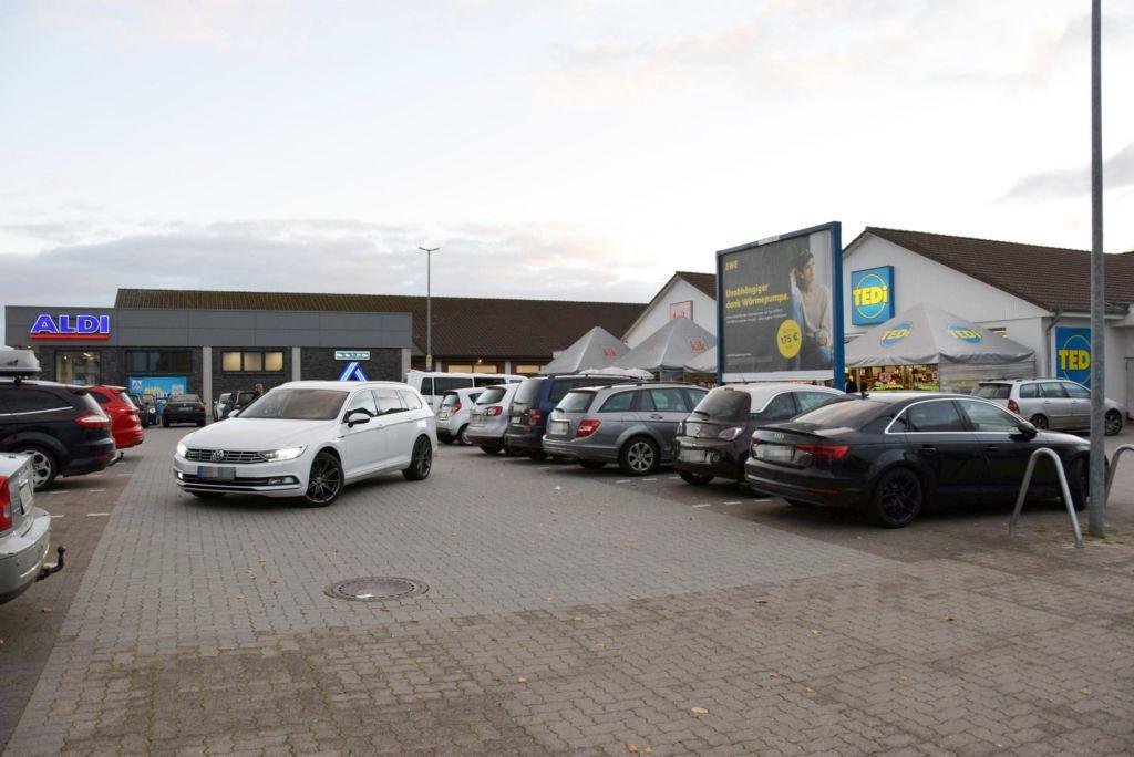 Am Lohberg 4 /Hol'ab Getränke/geg. Eingang (Sicht Eingang)