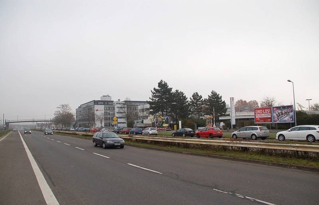 Seckenheimer Landstr. 220/Zufahrt Lidl (lks)