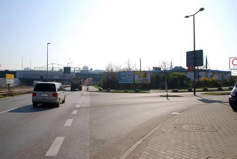 Neckarvorlandstr/Ecke Hafenstr. 90 (quer)