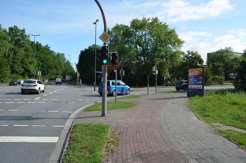 Carl-Bertelsmann-Str/L 788/Stadtring Sundern/WE rts