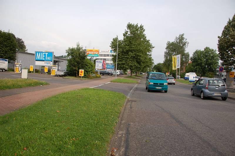 Leipzigstr. 30 /Fristo Getränkemarkt/Einfahrt (Sicht Tkst)