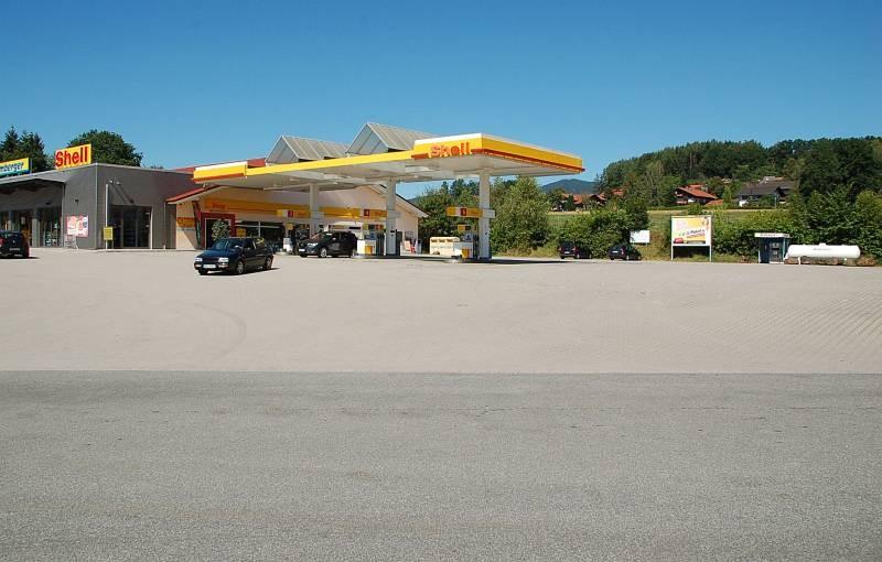 Pointwiese 1 /Edeka + Shell Tankstelle/geg Einfahrt