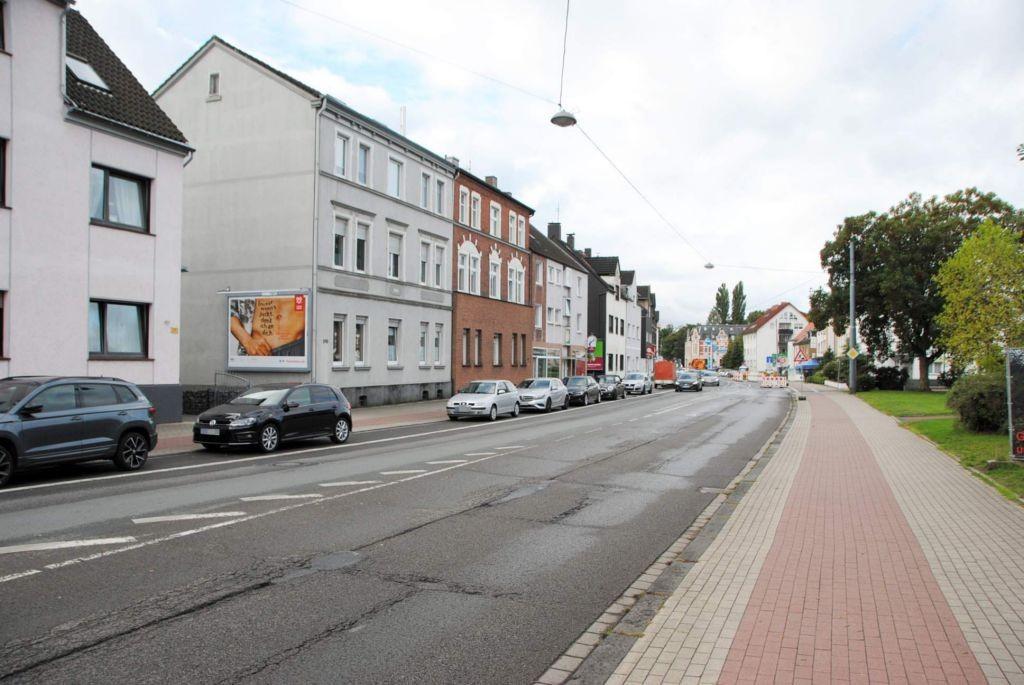 Kaiserstr. 166 (quer am Giebel)
