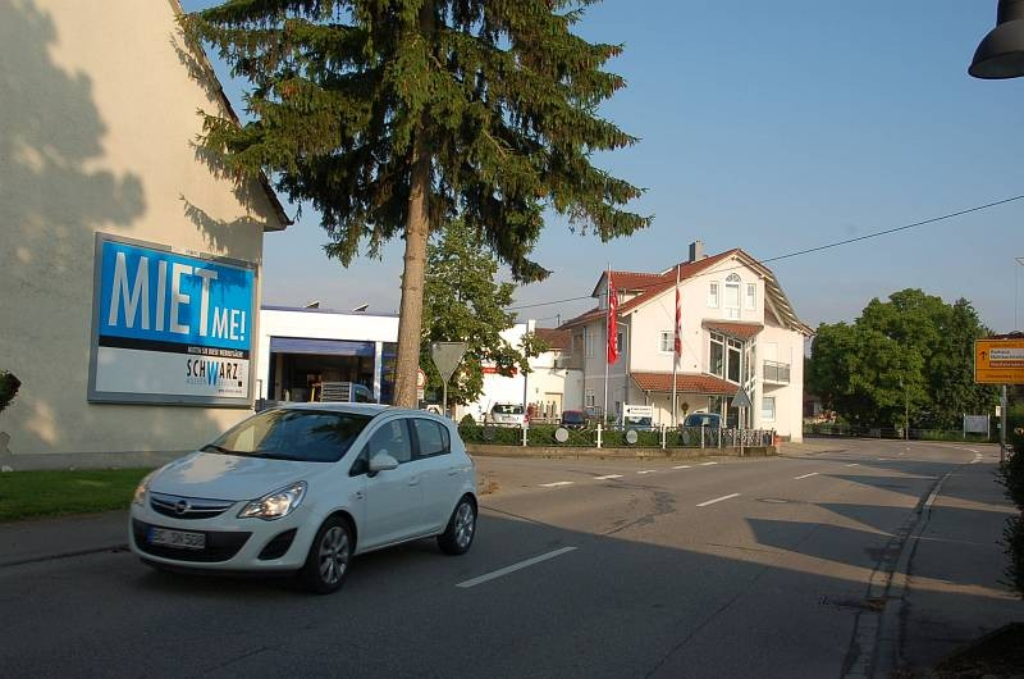 Hauptstr/L 266/Ecke Weidenweg 1