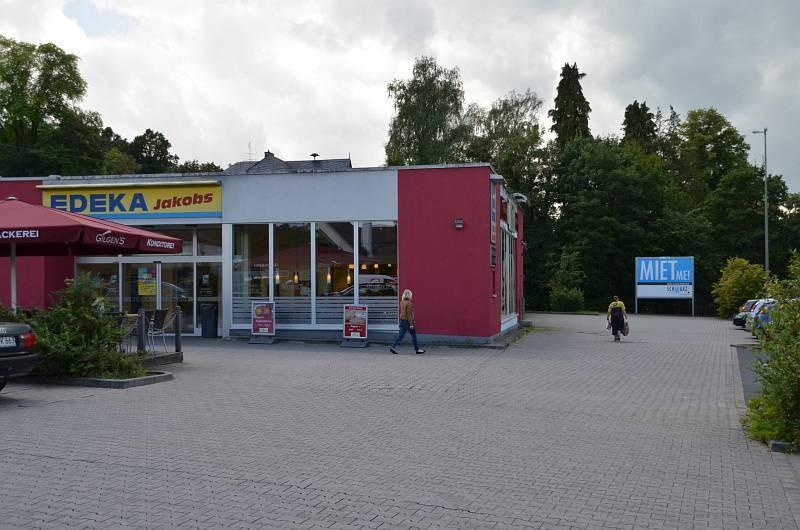 Kölner Str. 25 /Edeka/Höhe Eingang