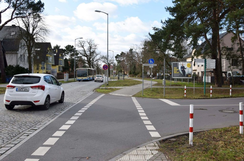 Zeuthener Str/Schmöckwitzer Str/geg. Netto/WE rts (quer)