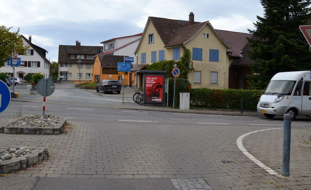 Thingoltstr/Am Brunnen (Dorfplatz) -aussen (Fahrradständer)