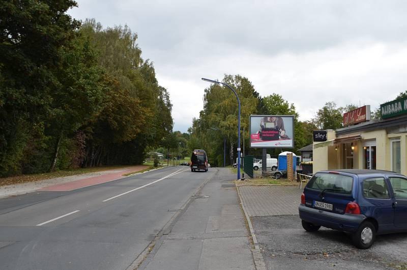 Reichshofstr. 5/Zufahrt Lidl/WE rts (City-Star)