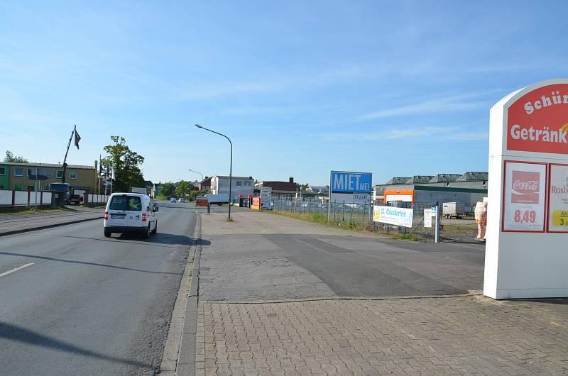 Hellweg 42 /Getränke Oase/lks von Einfahrt (quer zur Str)