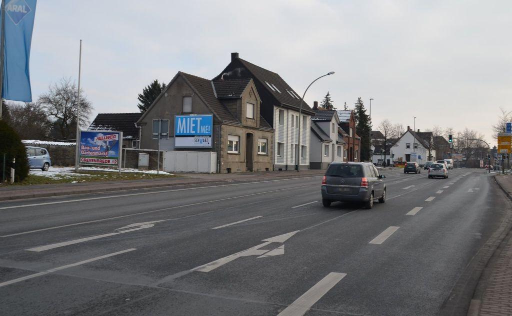 Neubeckumer Str. 66/B 475/neb. Tankstelle (quer am Giebel)