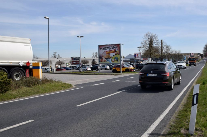Riesaer Str. 50 /Kaufland/Höhe Tankstelle (WE lks)