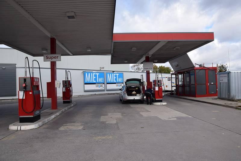 Dieselstr. 1 /Kaufland/Höhe Einfahrt/Tankstelle