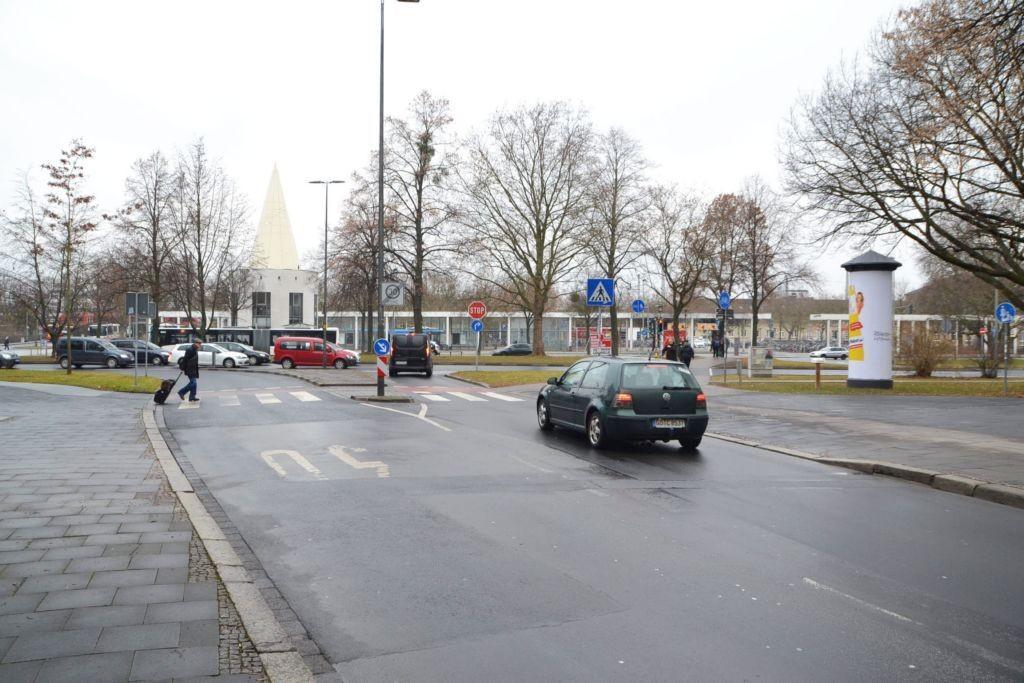 Goethe-Allee/Berliner Str/B 3 + B 27