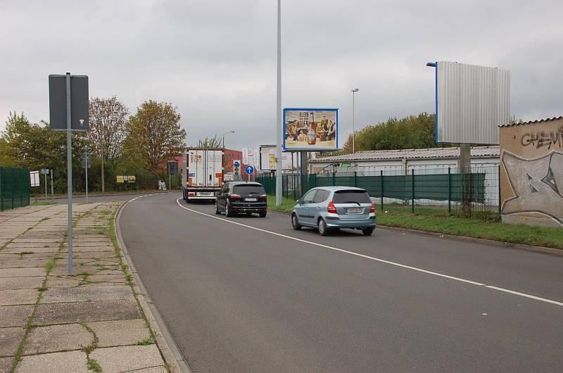 Hohentichelnstr/geg. Einfahrt Tankstelle/WE rts (City-Star)
