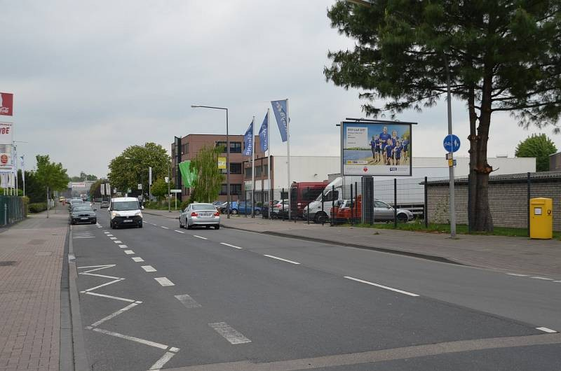 Poll-Vingster Str. 107/Ernst-Weyden-Str/WE rts (City-Star)