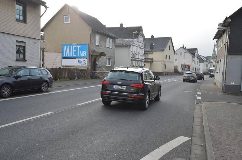 Bezirksstr. 40/B 253/rts (quer am Giebel)