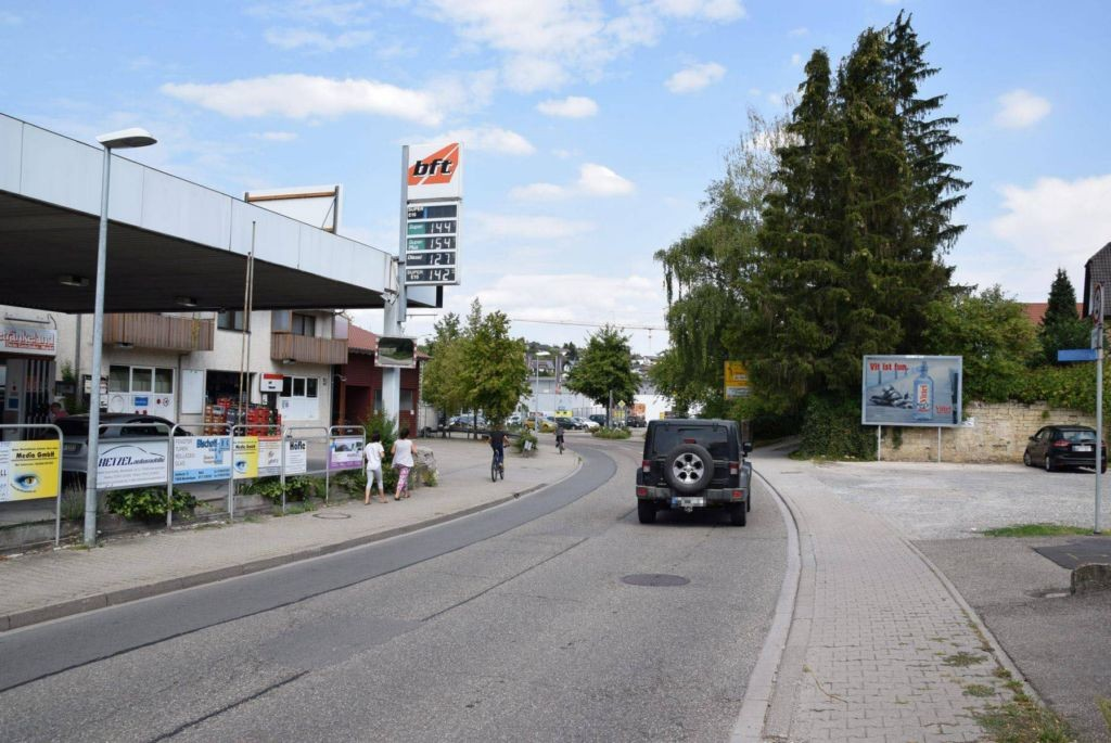 Flehinger Str/Staffelweg 5/Zuf E-aktiv Hauptstr/quer (lks)