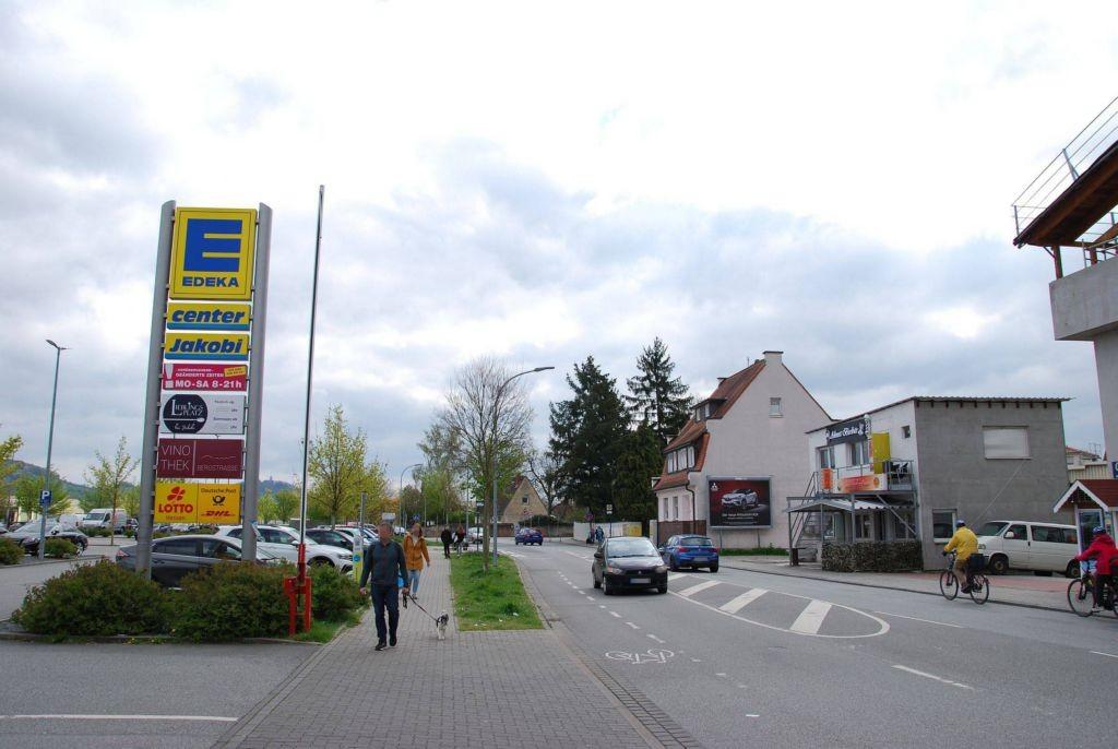 Fabrikstr. 9/E-Center/geg. Einfahrt (quer)