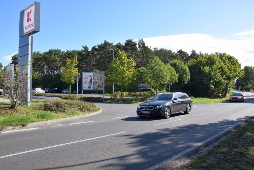 Otto-Grotewohl-Ring /Kaufland/Hohenst. Ch/rts (quer zur Str)