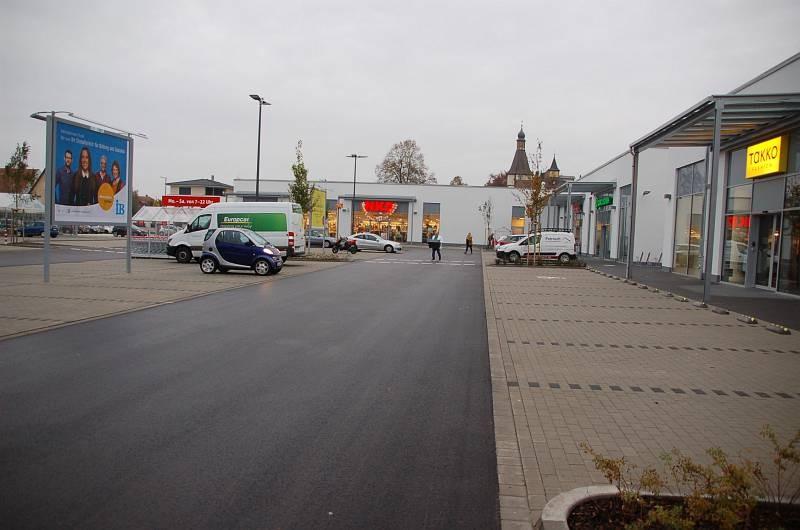 Reiserstr. 6-8 /Rewe/geg. Eingang/Sto. 2/Sicht Takko