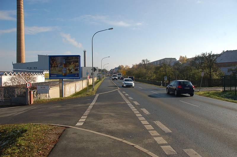 Jenaer Str. 40/B 7/Zufahrt Rewe/WE lks (City-Star)