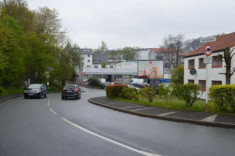 Breitenfeld 1B/geg. Rewe/WE rts (City-Star)