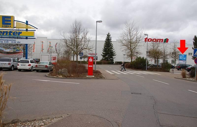 Karpfenweg 10-12 /E-center/Höhe Toom (Sicht E-center)