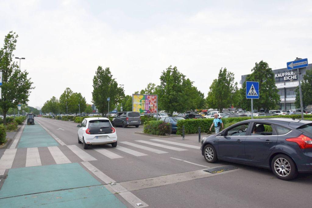 Landsberger Chaussee /Kaufland/geg. Eingang/lks (Sicht Einf)