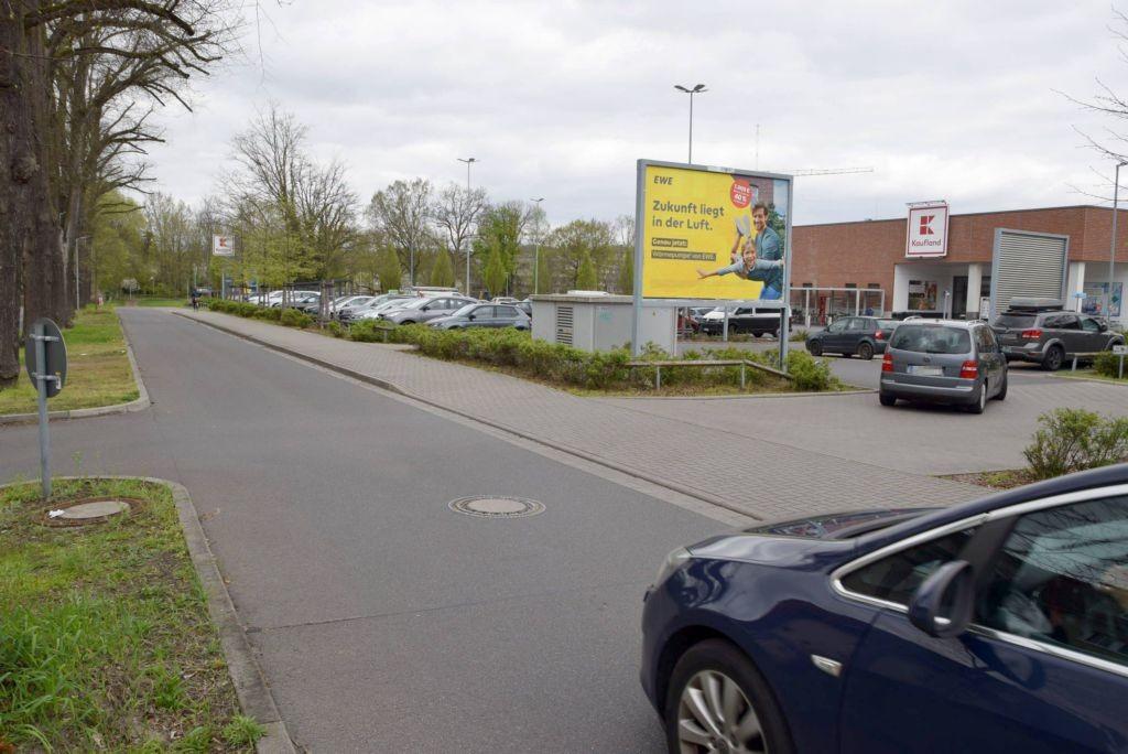 Wiesenstr. 7 /Kaufland/Zufahrt (quer zur Str)