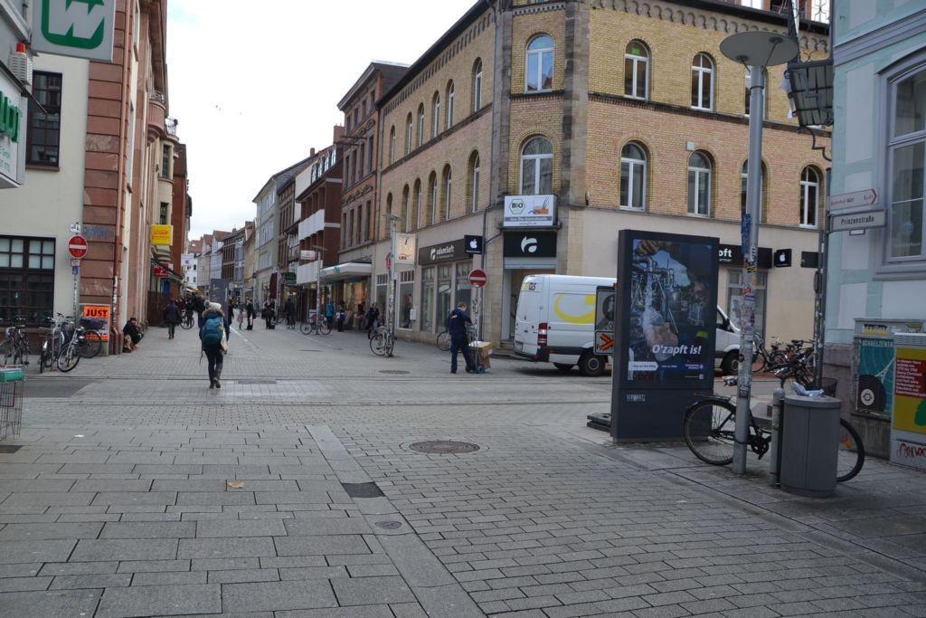 Prinzenstr/Ecke Gotmarstr/WE rts (Sicht Wiederholdt)