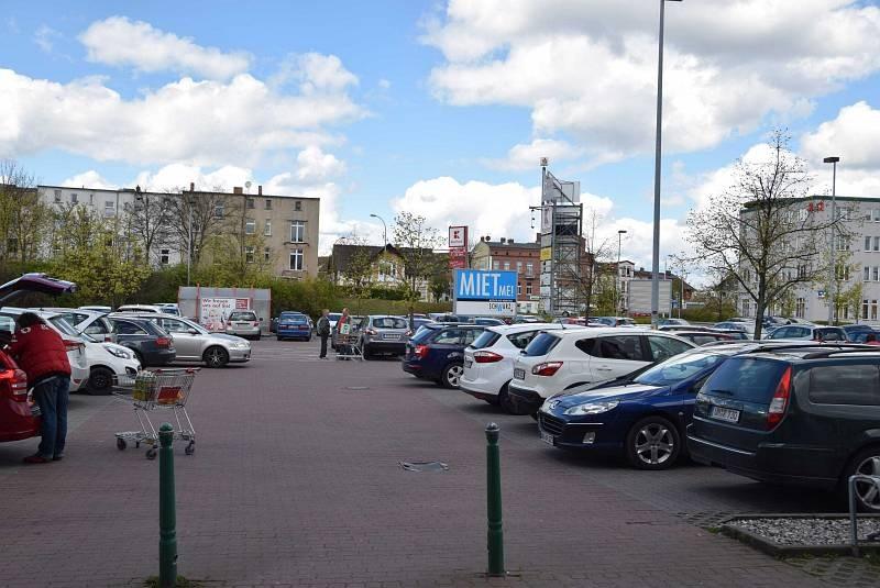 Georg-Dreke-Ring 60 /Kaufland/geg. Einfahrt (Sicht Markt)