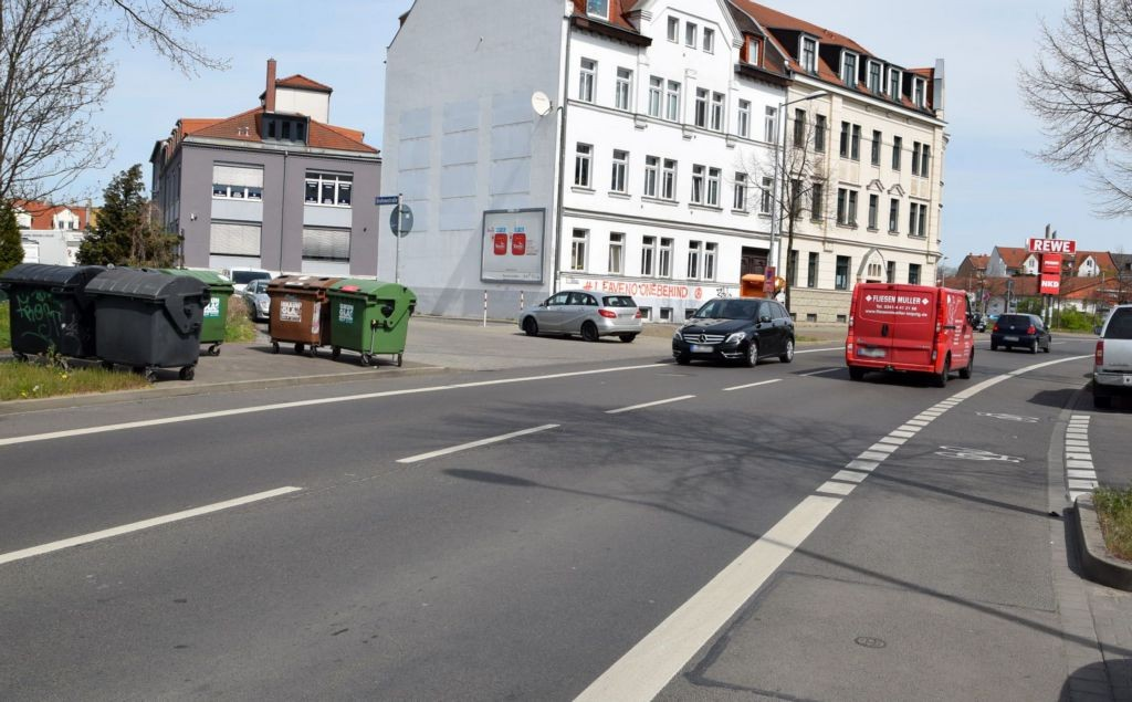 Rückmarsdorfer Str. 22/nh. Rewe Georg-Schwarz-Str (quer)