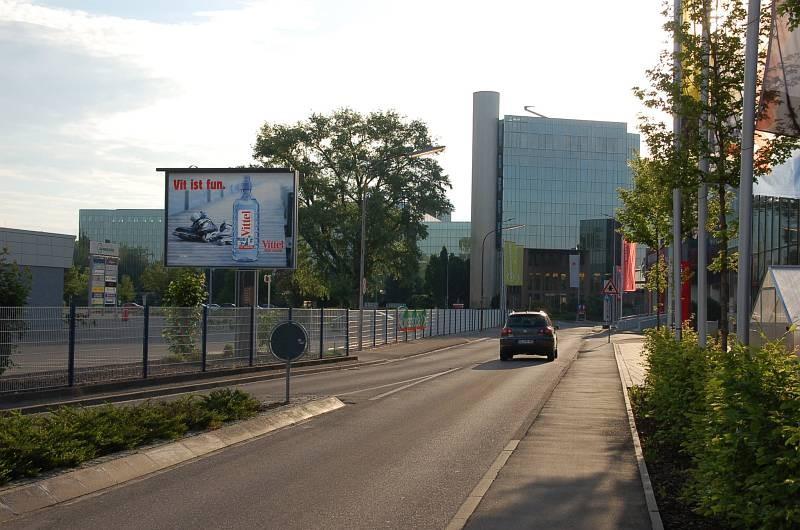 Biberacher Str. 69 /Kaufland/Zuf Talstr (Sicht Waschstraße)