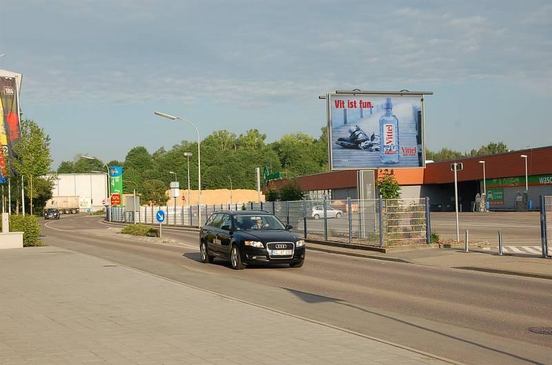 Biberacher Str. 69 /Kaufland/Zuf Talstr (Sicht Modepark)