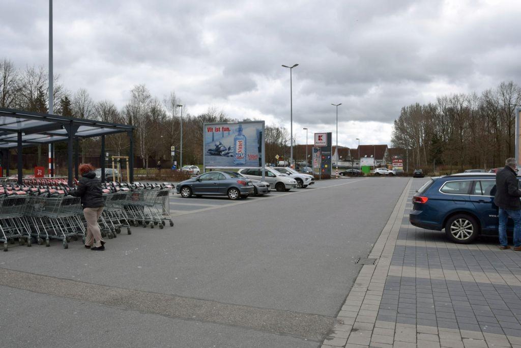 Chemnitzer Str. 65 /Kaufland/geg. Eingang/Sicht Eingang/lks