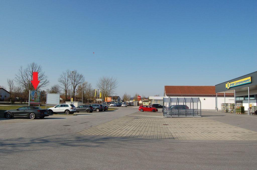 Am Kreisverkehr 5 /Edeka/bei Getränkemarkt/geg. Eing (lks)