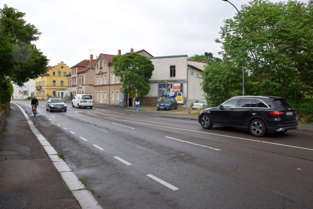 Großenhainer Str. 4/Zufahrt Edeka Fabrikstr/nh.Fristo (quer)