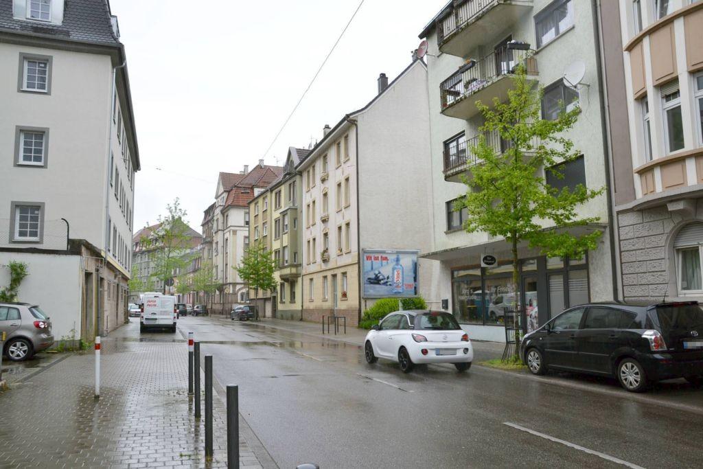 Kaiser-Friedrich-Str. 122 (quer am Giebel)