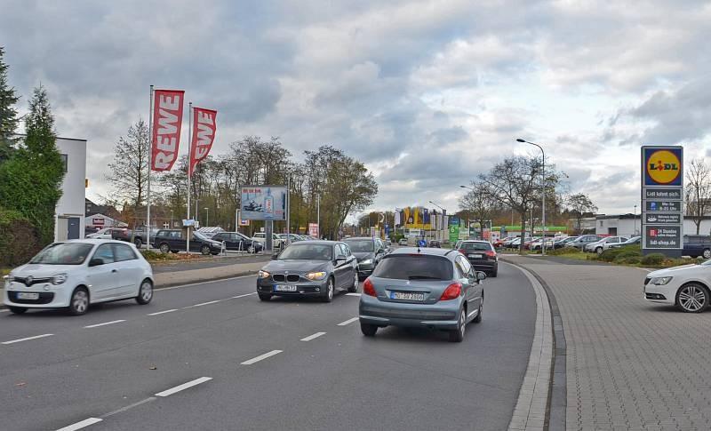 Klever Str. 47 /Rewe/geg. Lidl/Sicht Einf Lidl (City-Star)