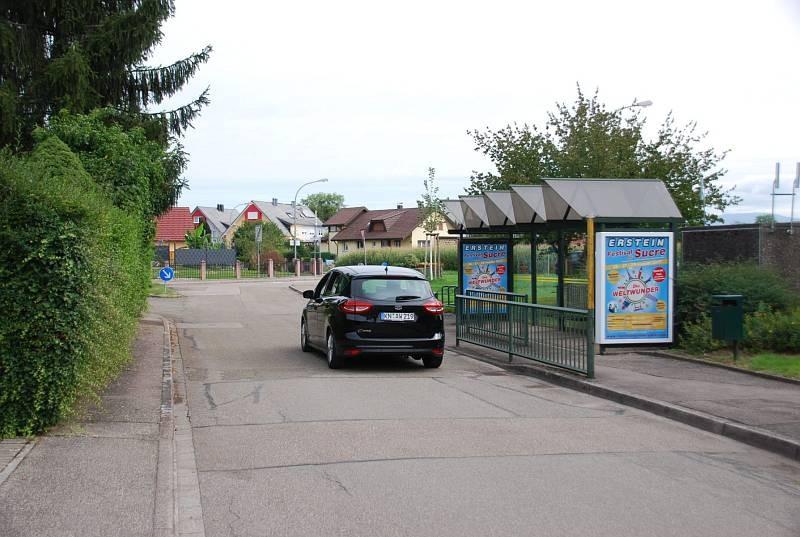 Lindenstr. 15/Hts. Feuerwehrhaus/rts/aussen (WH)