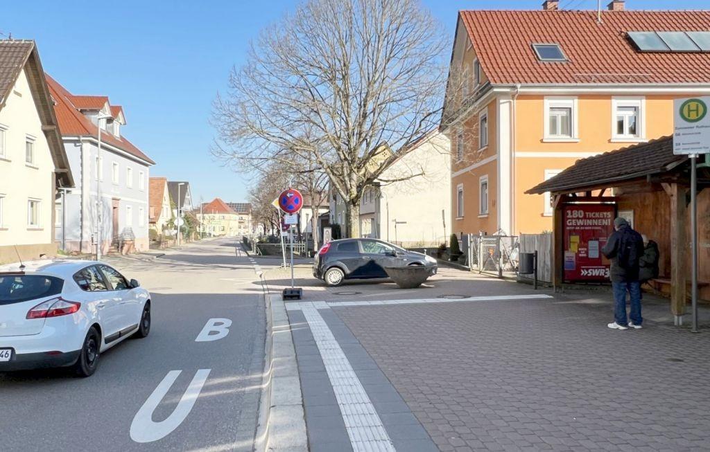 Geroldsecker Str. 51/Hts Zusweier Rathaus/innen  (WH)
