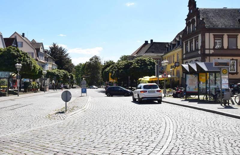 Hauptstr. 98/Hts Rathaus Bussteig 1/innen  (WH)