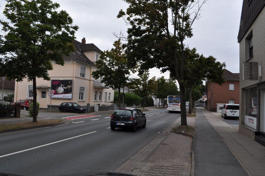 Eidinghausener Str. 33/Ecke Max-Reger-Str (quer am Giebel)