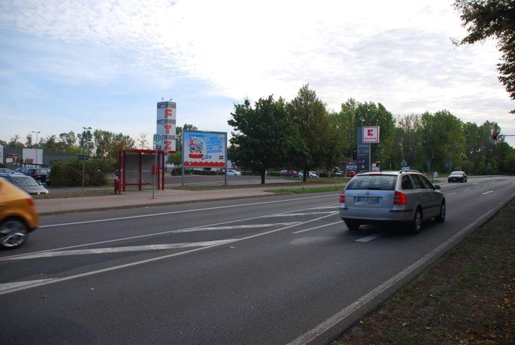 Hecklinger Str. 50 /Kaufland/Sicht Staßfurter Str (rts)