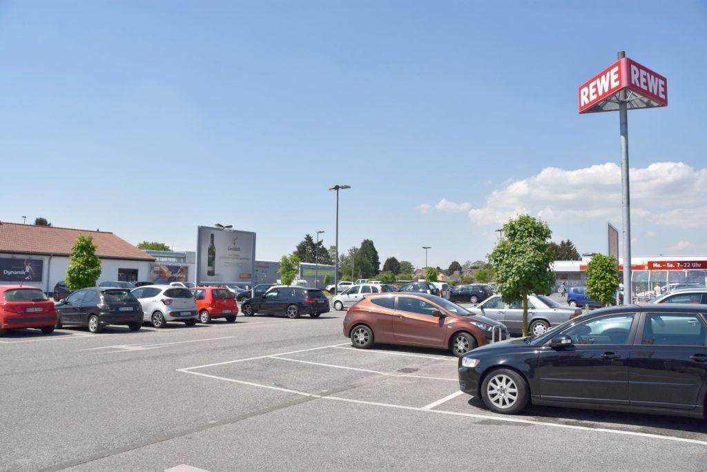 Brabanter Str. 48-50 /Rewe/geg. Einf (Sicht Eingang)