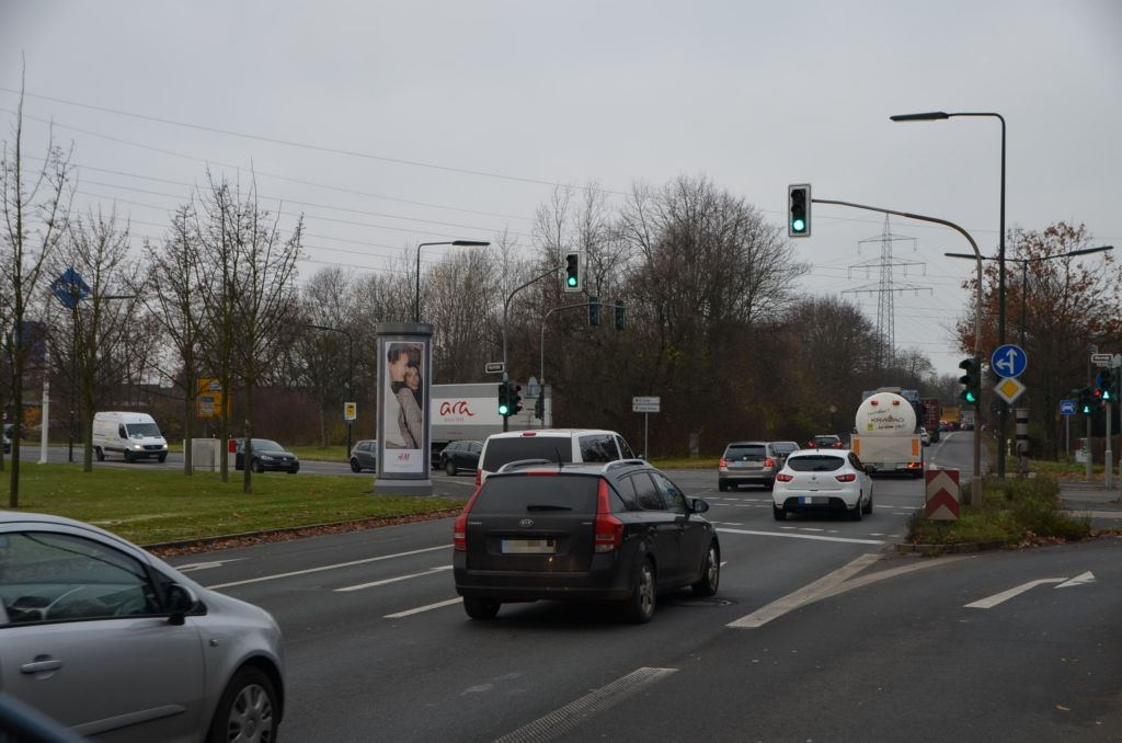Münchener Str. 300/Itter Str