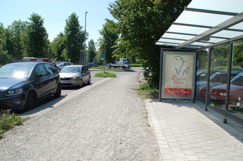 Döbeleplatz/Bus-Parkplatz/innen  (WH)